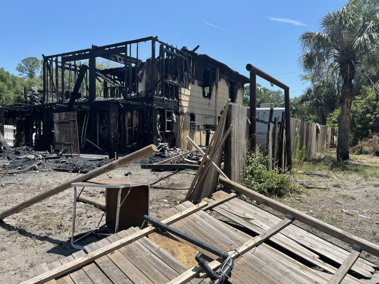MPs looking for arsonists who set Punta Gorda on fire