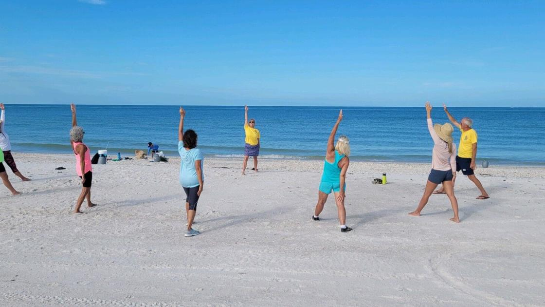 The Rotary Club of the Marco Island Noontime Volunteers at Tigertail Beach Cleanup | Associations and organizations