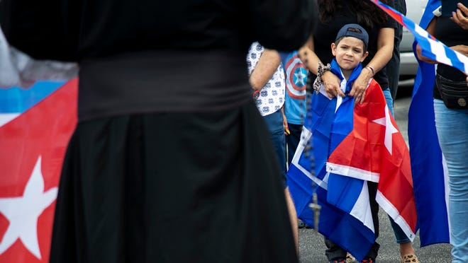 Protests in support of the Cubans will continue on Sunday in Fort Myers, Cape Coral