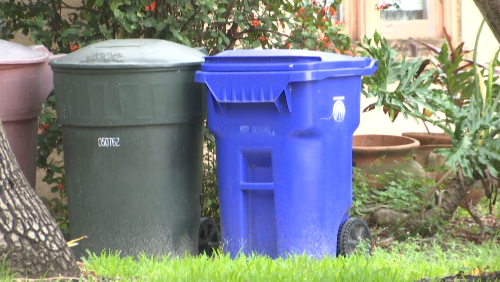 Recycling is combined with trash in Fort Myers