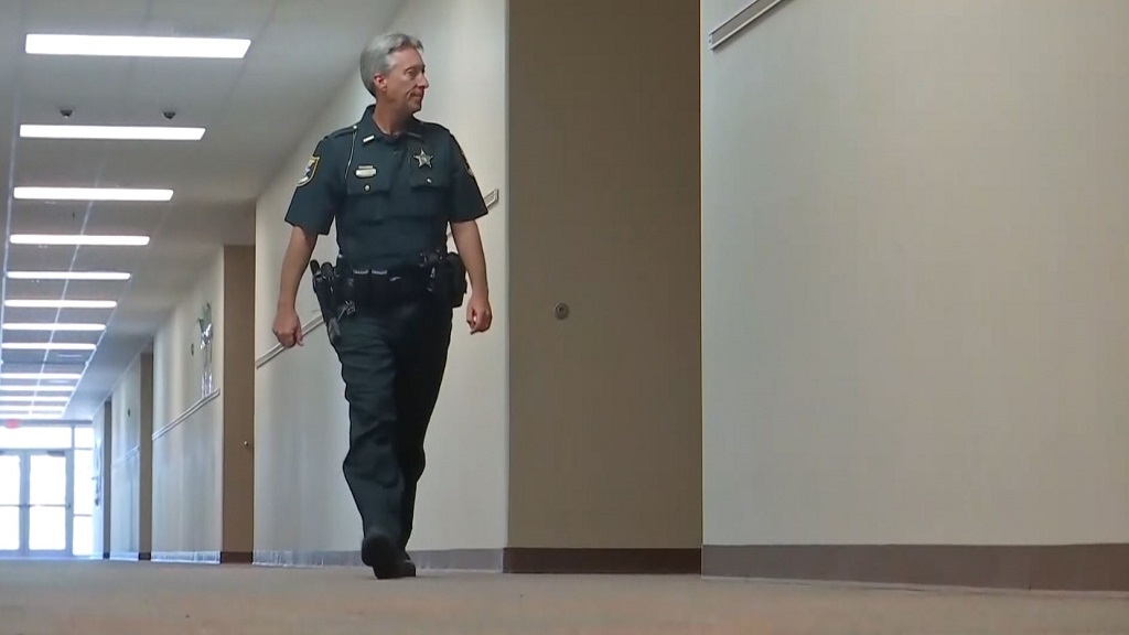 Fort Myers is sending more officers to city high schools